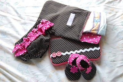 Homemade Baby Shower gift set...love how everything matches...had to find a tutorial for the bloomers though...the shoes are really cute!