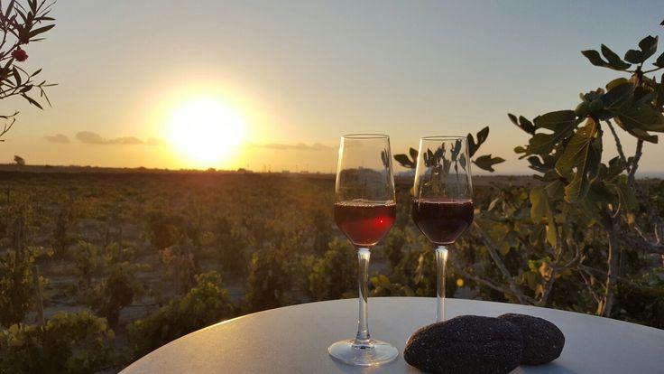"""Just a Glas of Wine"", Santorini"