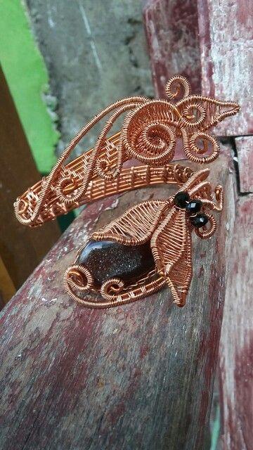 Black druzy bangle