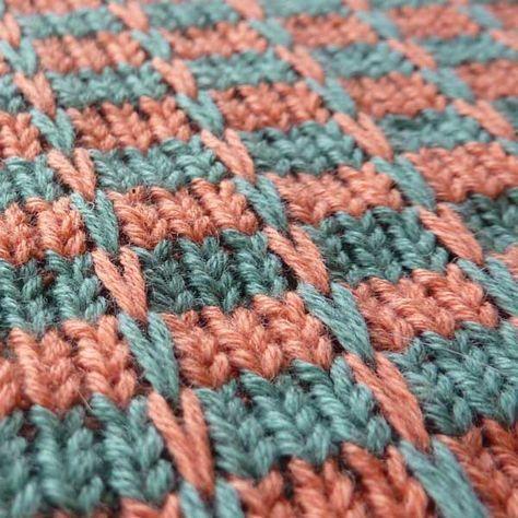 Knitulator sucht #Strickmuster: #Hebemaschen #stricken #Strickapp #mehrfarbigeMuster mehr Muster bei  www.knitulator.com