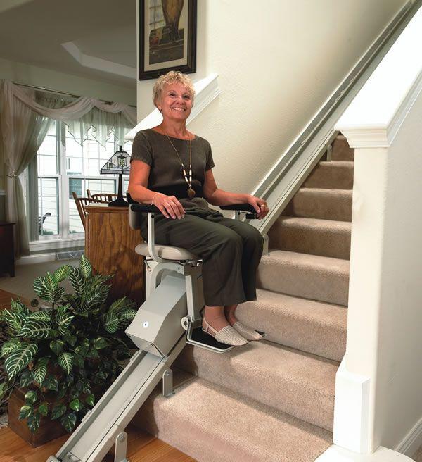 9320e1f5f267333918b1c9e828952e97--mobile-homes-stairs Handicapped Ramps For Mobile Homes on handicap ramp entry for homes, steps for homes, handicap ramp plans for homes,