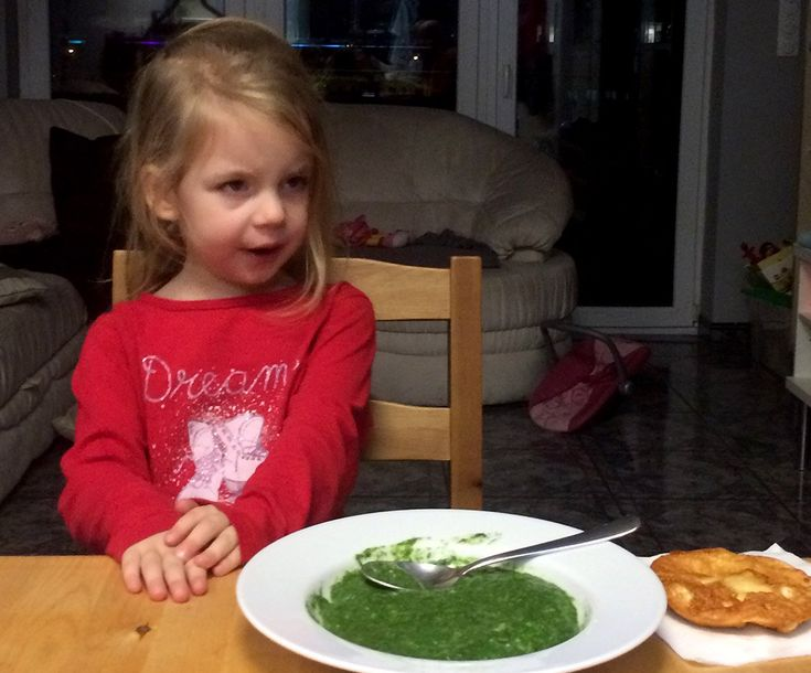 Nem állíthatom, hogy a családomban mindenki szereti a spenótot. Záli például határozottan utálja, a férjem megeszi, de mi Dáviddal rajongók...