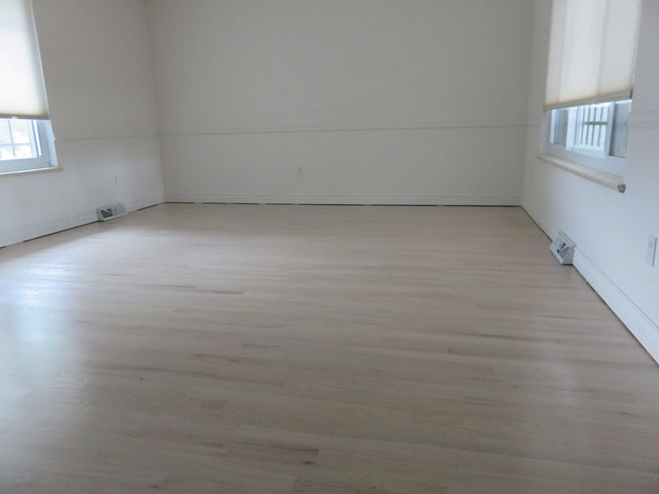 Red Oak - Country White Stain - Arvada, CO - The Flooring Artists