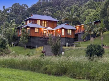 10 Des Quinlan Crescent Tallebudgera Valley Qld 4228 - House for Sale #121479502 - realestate.com.au