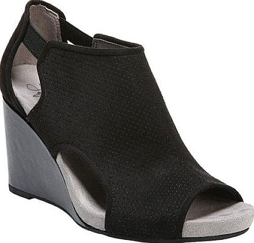 Here are the Life Stride Hinx Wedge Booties. Cute boots by the designer Life Stride shown in Black PU. Your feet will love these boots created by Life Stride. #boots #booties #ankleboots #shoes #fashion