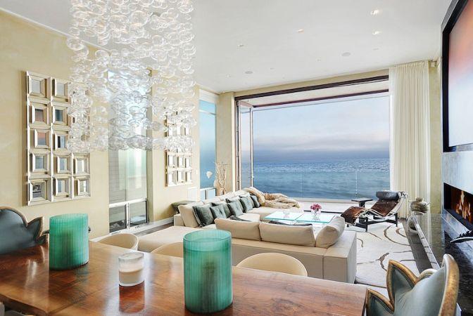 Beachfront Dream, Malibu, California | boutique-homes.com