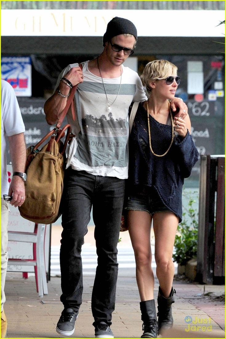 Chris Hemsworth & Elsa Pataky - whyyyyy are they so perfect whyyyyy