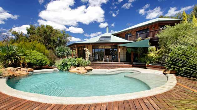 This wonderful Dunsborough Holiday Home is exceptional, with 2 orchards, extensive uninterrupted bush-lands surrounding the picturesque pool/spa directly overlooking the waters of the Bay.  From $375 p/n