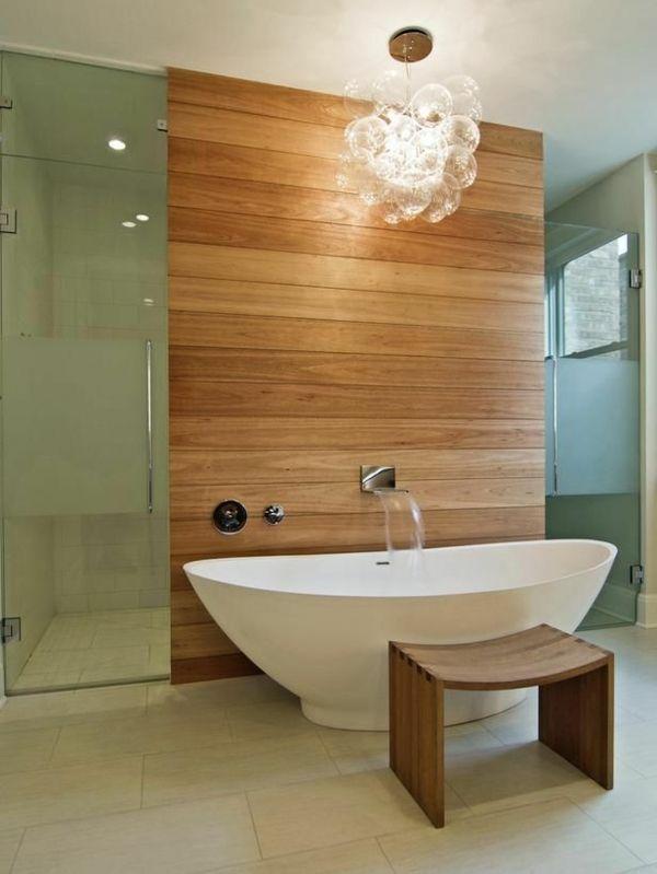 Les 25 meilleures id es concernant panneau salle de bains for Rangement baignoire bois