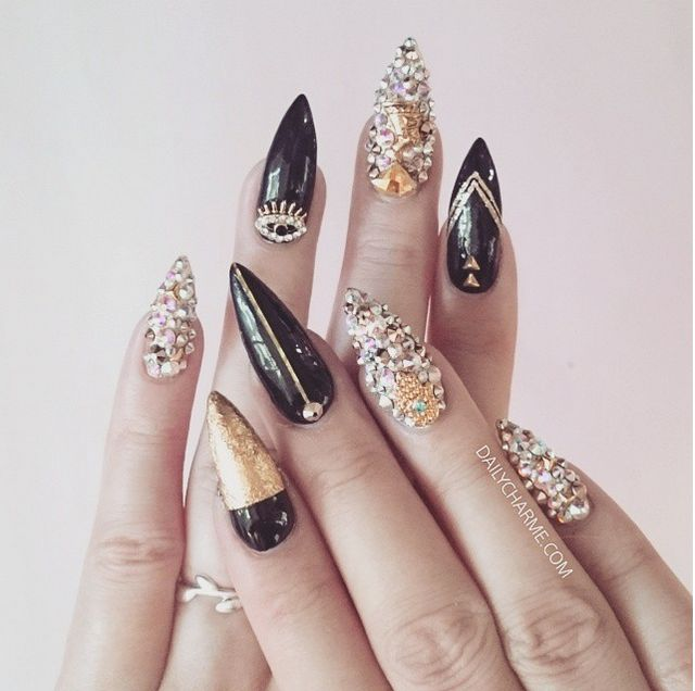 Egyptian themed, these might be the shiniest nails I've ever done. : - 12 Best Nails - Egyptian Nail Art Images On Pinterest Egyptian