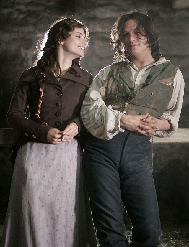 Tommy (Heathcliff) & Charlotte Riley (Cathy) - Wuthering Heights (TV Mini-Series 2009) / TH0073A