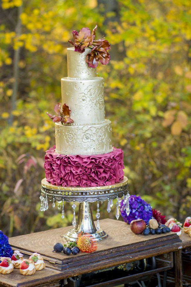 Autumn Ethereal Wedding Inspiration - Fab You Bliss - cake by The Art of Cake - Edmonton