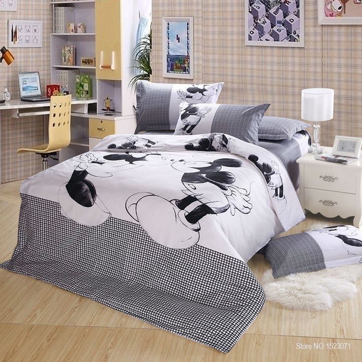 Twin size Mickey and Minnie Mouse bedding set (3pcs) includes: - 1x Duvet Cover: 160x210cm (63x83inches) - 1x Flat Sheet: 200x230cm (79x91inches) - 1x Pillowcase: 48x74cm (19x30inches) Queen size Mick