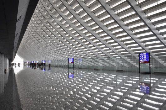 Regeneration of Taoyuan International Airport Terminal 1,Courtesy of Norihiko Dan and Associates