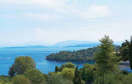 All inclusive family resort in Corfu, All inclusive hotel restaurant, Daphnila Bay Thalasso