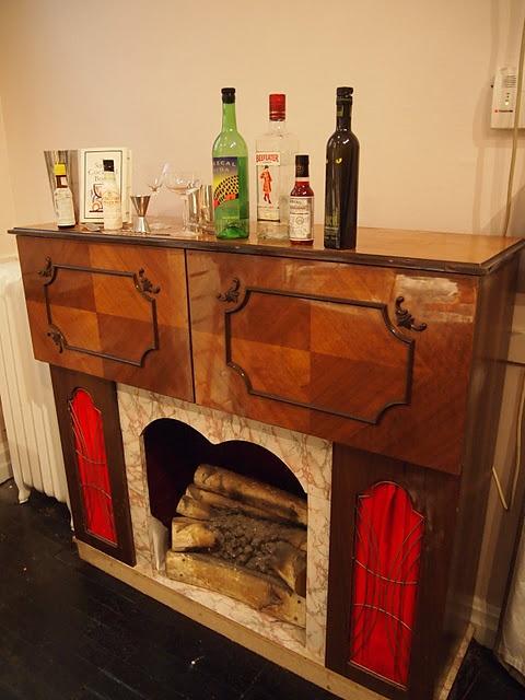 https://i.pinimg.com/736x/93/23/13/9323135aed34db3622c4d2751b8845e0--liquor-glasses-the-cabinet.jpg