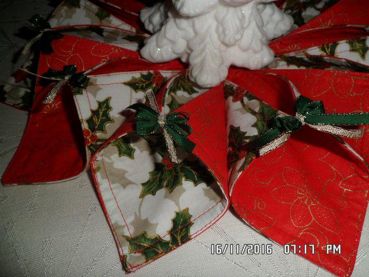 Látkový vánoční věneček