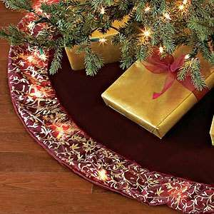 183 best Lovely Christmas Tree Skirts, Ribbon and Stockings images ...
