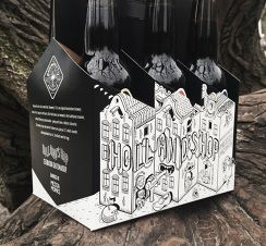 Beer carrier Browerij 't Ij for Mediamonks limited edition by Lorenzo Milito Agency: MediaMonks