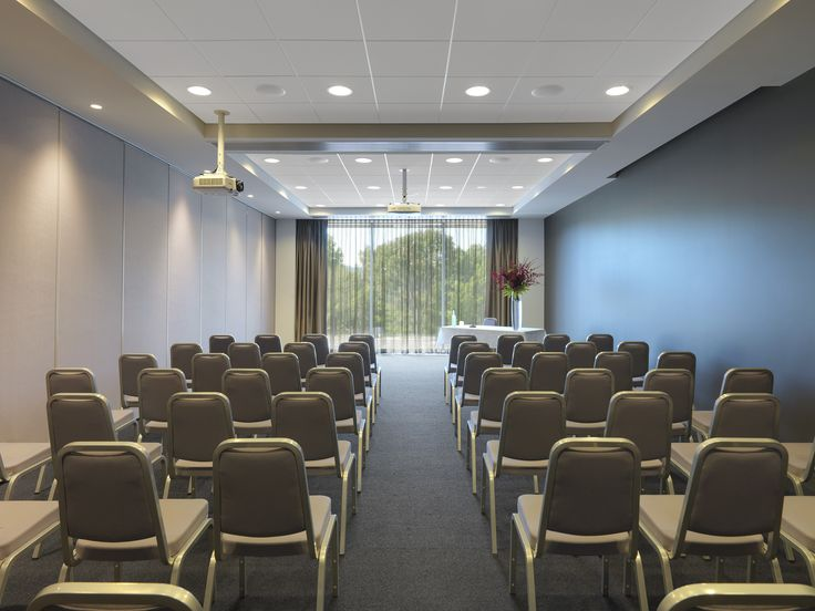 Vibe Hotel Marysville - Conference Theatre