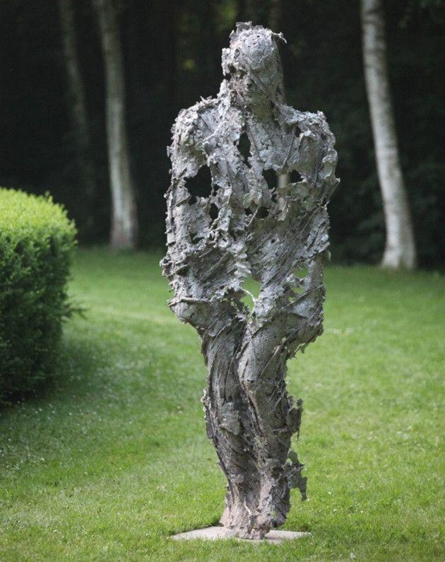 sculpture de xavier dambrine pr sent pour la 8e biennale de sculptures aux jardins de bois. Black Bedroom Furniture Sets. Home Design Ideas