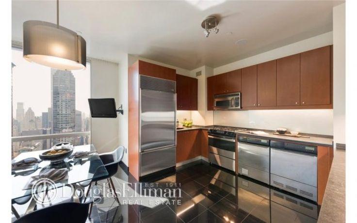 large open kitchen design