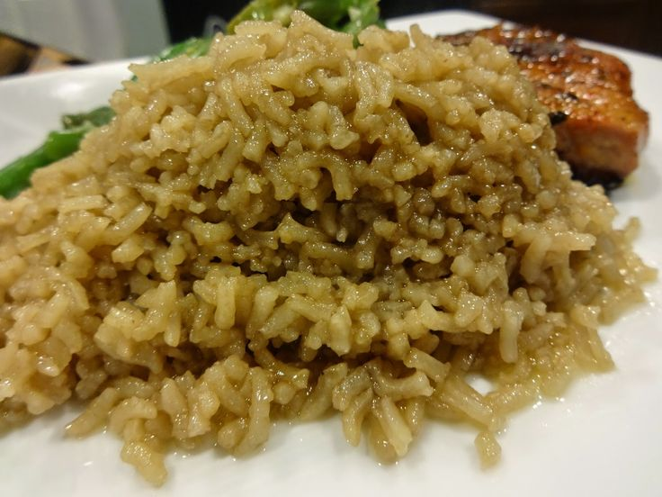 Quick and easy side dish! Yum! Hold the onion: Brown Rice (Beef Consume Rice)
