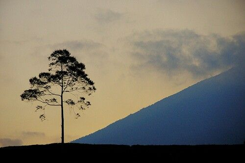 Senja di Gunung Dempo