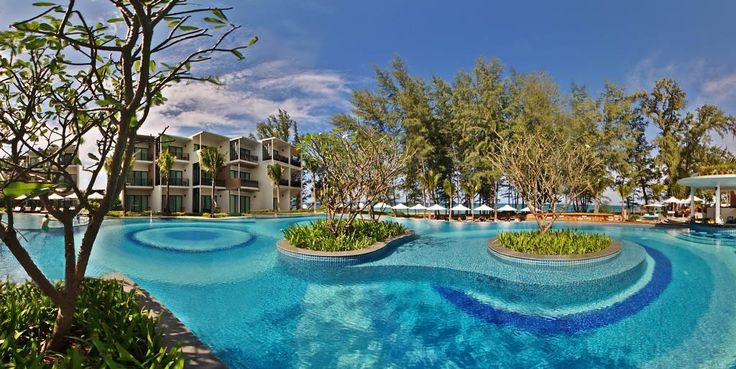 Holiday Inn Resort Phuket Mai Khao Beach Accommodation