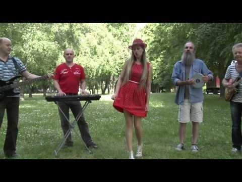 Napsugár Együttes & Szkes Dance / Hétpettyes Katicabogár - YouTube