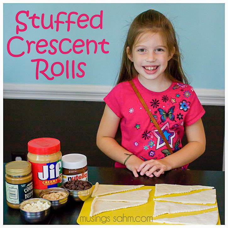 Stuffed Crescent Rolls - Cooking with Kids #recipe - only a few simple ingredients and the best part is you can customize this treat with YOUR favorites.