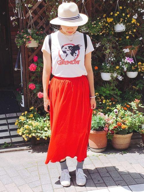 YJ|GUのスカートを使ったコーディネート