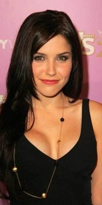 Looking for the official Sophia Bush Twitter account? Sophia Bush is now on CelebritiesTweets.com!