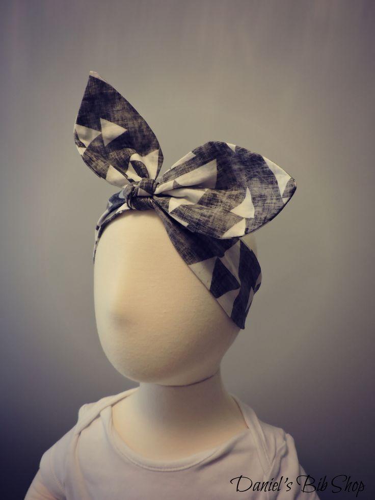 Handmade white and grey triangles grunge knotted headband