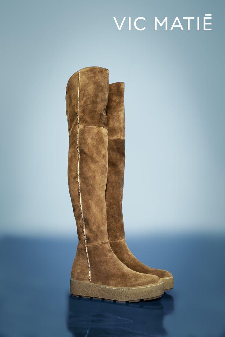 VIC MATIE'   Charming overknee boot