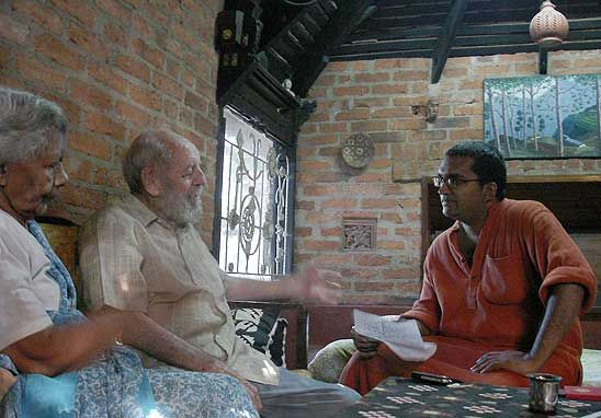 Suku Dass (Right) with Laurie Baker and his wife Elizabeth at their 'Baker Style' house at Thiruvananthapuram, Kerala. (Photo: Vinod T)