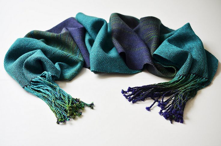 Libelle: a pooling scarf