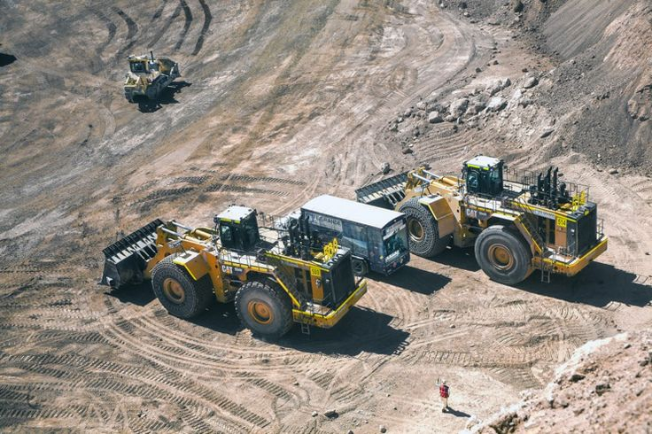 Cat loaders at Gabriela Mistral Mine