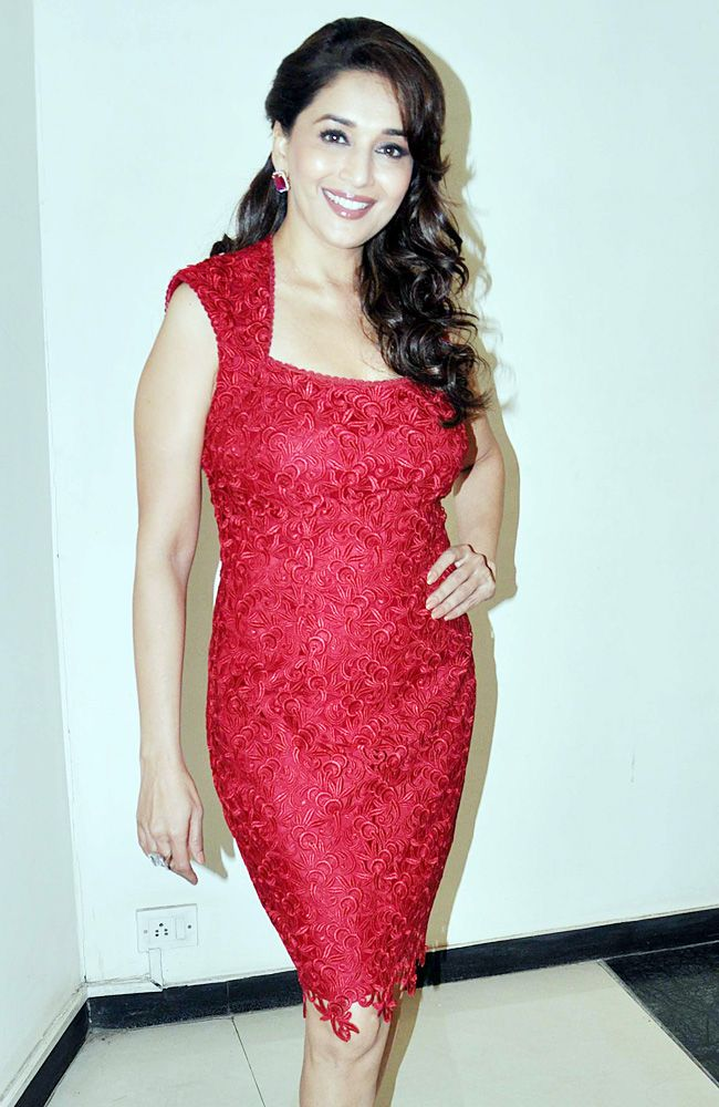 Madhuri Dixit @ Dedh Ishkq promotion 2013 (love her dress!)