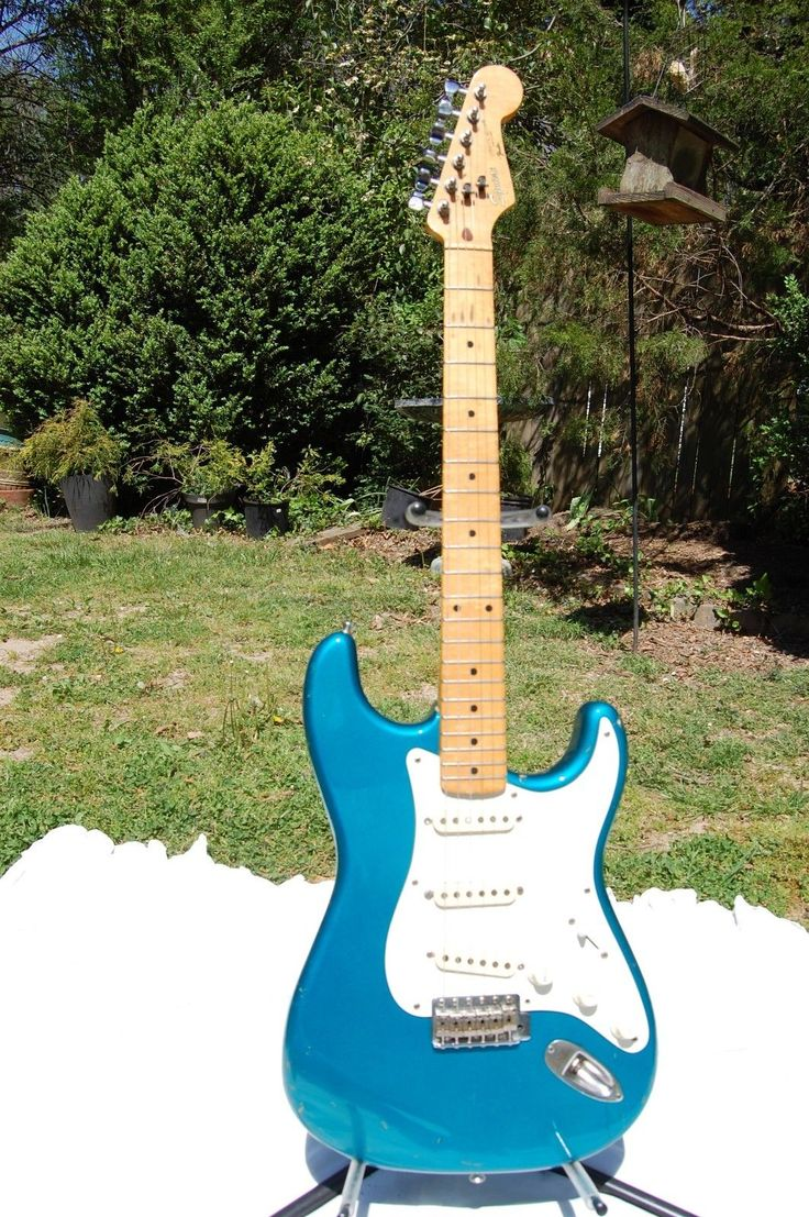 """1980s Fender Squire Stratocaster - Made in Japan, """"E"""" serial #"""