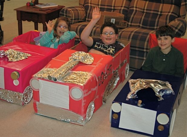 Cardboard Box Cars With A New Twist ... Drive-in Movie