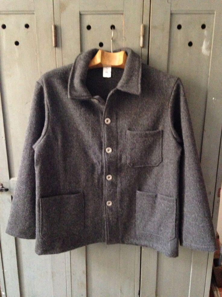 Grey #lelaboureur jacket. It Will soon turn into your favorite. #jacket #core #frenchworkwear #mensfashion