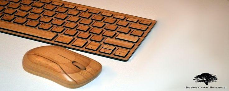 Type altijd en overal op uw gemak met de Bamboo Keys van Sebastiaan Philippe.  Dit draadloze toetsenbord gemaakt van Bamboe is lichtgewicht en flinterdun. Makkelijk om mee te nemen en op te bergen.  Daarnaast hebben wij ook draadloze computermuizen eveneens gemaakt van Bamboe.  Kijk snel op www.sebastiaanphilippe.nl voor onze complete collectie handgemaakte houten producten.