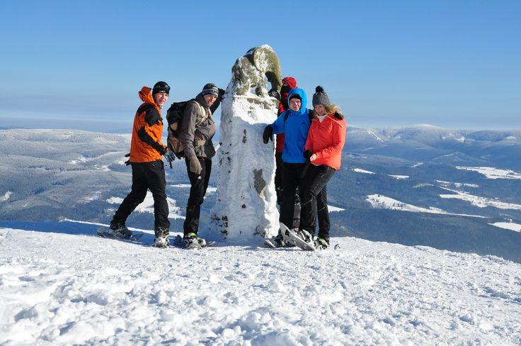 Zimní výstup na Králický Sněžník a lavinový kurz v Jesníkách. Úžasný den na horách. Slavný Slon - symbol Králického Sněžníku.