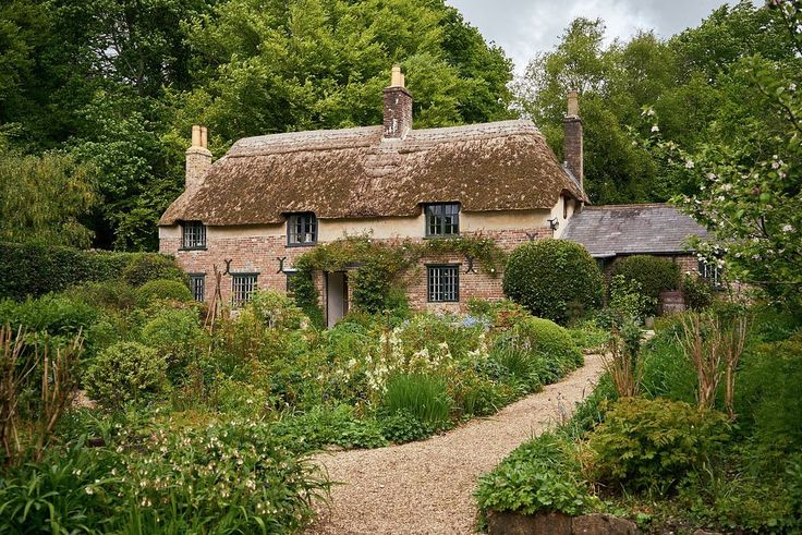 The Dorset cottage where author Thomas Hardy (1840-1928) was born and wrote his most famous novels. It is just as wonderful as you'd expect from his writing: cob walls, brick and lime facing, thatched roof. Built by his great-grand father in 1800, Hardy was himself an architect. @wrathofgnon
