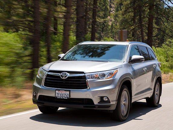 Midsize SUV Comparison: 2015 Toyota Highlander - Kelley Blue Book