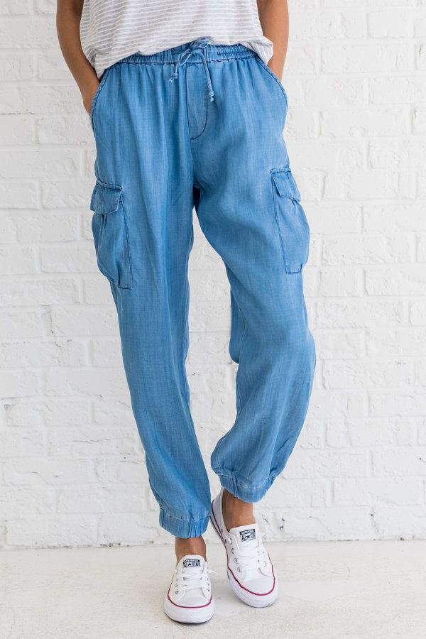 denim joggers, denim joggers outfit casual, fall outfits 2017 for women, cute outfits for school for teens