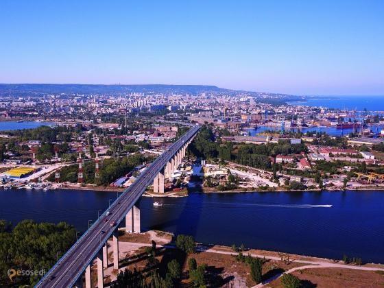 Аспарухов мост – #Болгария #Варненская_область #Варна (#BG_03) Asparuhov Bridge - самый длинный мост в Болгарии и одновременно популярное место для занятий банджи-джампингом. http://ru.esosedi.org/BG/03/1000102852/asparuhov_most/