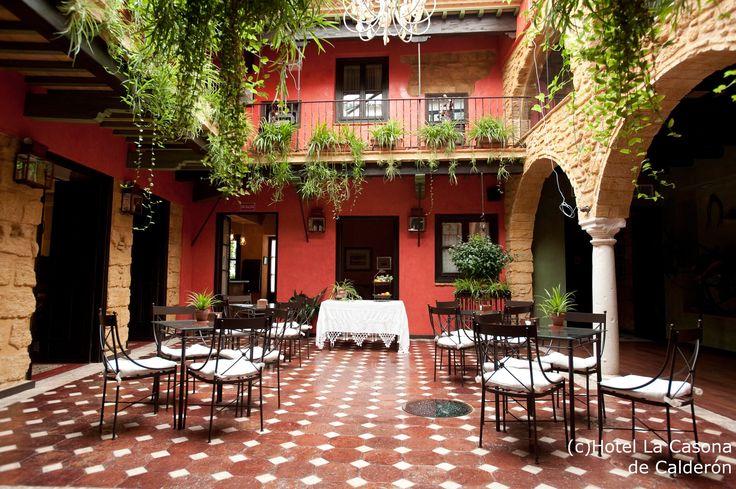 patio-de-la-casona2.jpg (JPEG-Grafik, 2480×1650 Pixel) - Skaliert (51%)