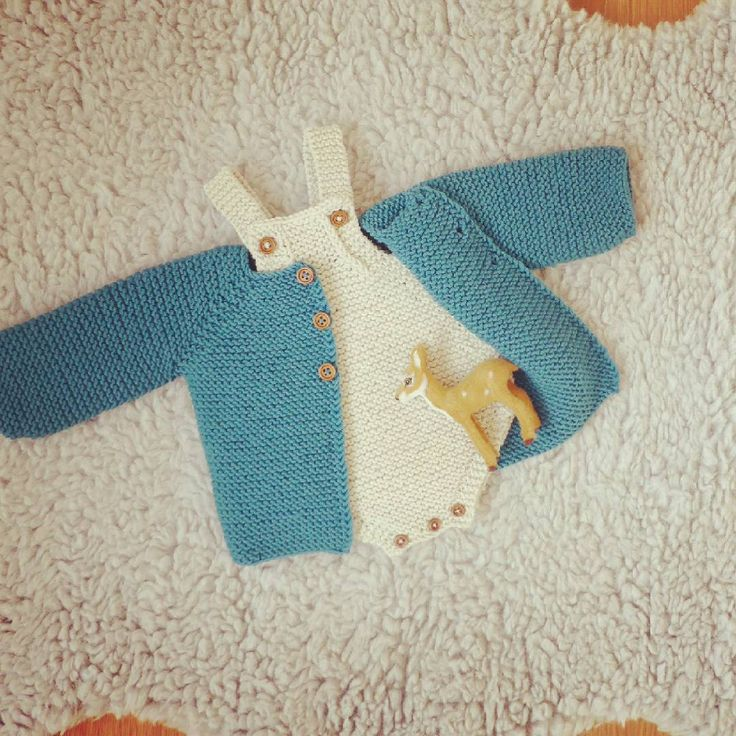 perfect cozy baby knits for  winter ⛄❄☔⛄ #instababy #knittersofinstagram #baby #babyphotoprop #babygirl #babyfashion #knitting #babyprops  #forbabygirl #knits #newbornphotoprop #romper #forbaby #babyoutfit #babyknitting #knitting #babyromper #newbornoutfit #forbabies #flatlay #babyflatlay #kidsflatlay #newbornoutfit #newbornflatlay #babyboy #forbabyboy